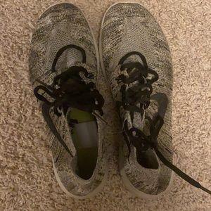 NIke Free RN Flyknit Running Shoes Women's size 9